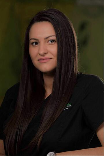 Dr. Andreea Popescu