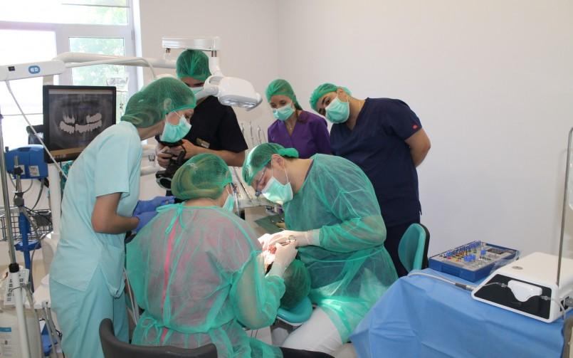 echipa clinica stomatologie dr Leahu