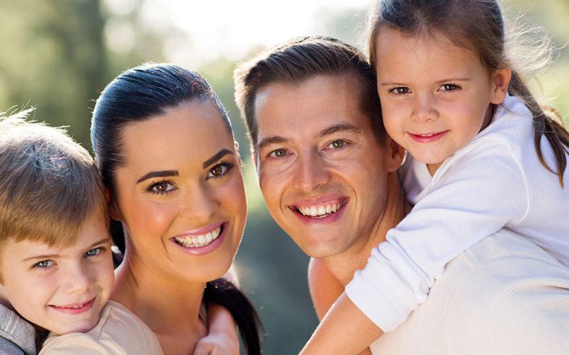 Dentist: 7 motive pentru care ar trebui să zâmbești mai des