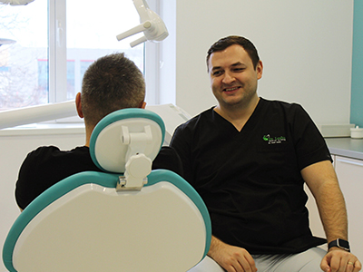 Cum pot preveni bolnavii de diabet aparitia parodontozei?