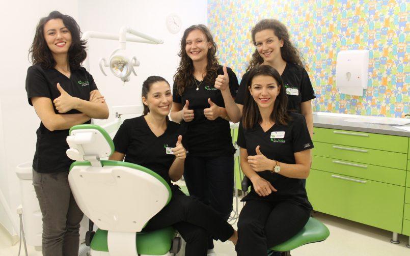 Motive pentru care ar trebui să mergem mai des la stomatolog
