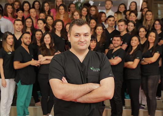 Dr. Ionuț Leahu și echipa de medici de la Clinicile stomatologice Dr. Leahu