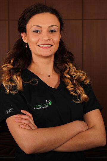 Dr. Raluca Voicu