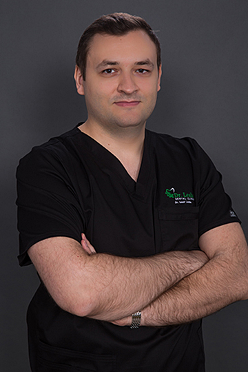 Dr. Ionuț Leahu