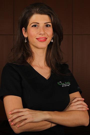 Dr. Laura Ferenț