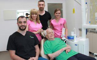 Un pacient de 91 de ani, cel mai bun exemplu că dinții îți pot schimba viața la orice vârstă