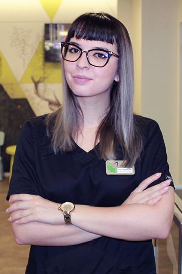 Dr. Mihaela Sandu