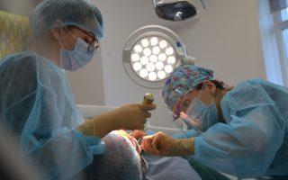Tipuri de implant dentar. Ce tip de implant ți se potrivește