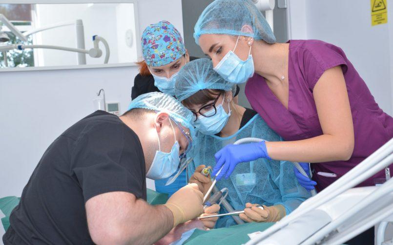Extracția măselei de minte se realizează sub anestezie