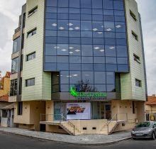 intrarea in clinica stomatologica Dr Leahu Constanta
