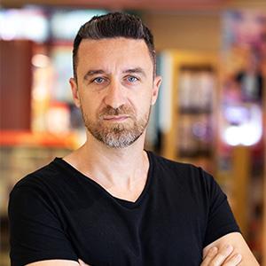 Dr. Konstantinos Liarokapis medic specialist chirurgie dentară, maxilo-facială