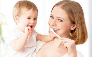 Durerile de dinți la bebeluși. Ce trebuie să faci să le calmezi?