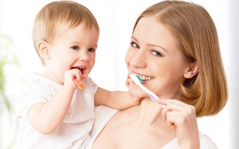 Durerile de dinti la bebelusi mama si copil periaj dentar