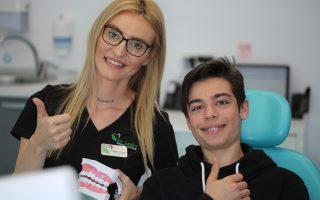 """,,Nimic nu poate oferi o bucurie mai mare unui medic decât fericirea pacienților""""  Interviu Dr. Anita Prioteasa – medic dentist, Timișoara"""