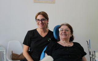 """,,Responsabilitatea, comunicarea și profesionalismul sunt secretele unui medic stomatolog de succes"""" Interviu cu Dr. Corina Ene, medic dentist"""