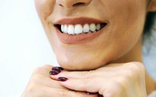 La cât timp se schimbă periuța de dinți