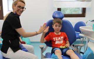 Durerea de dinți la copii. Primul ajutor și sfaturi de urmat pentru un tratament eficient