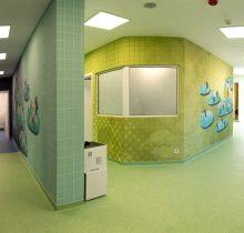 Holuri noi si colorate din clinica stomatologica Dr Leahu Iasi