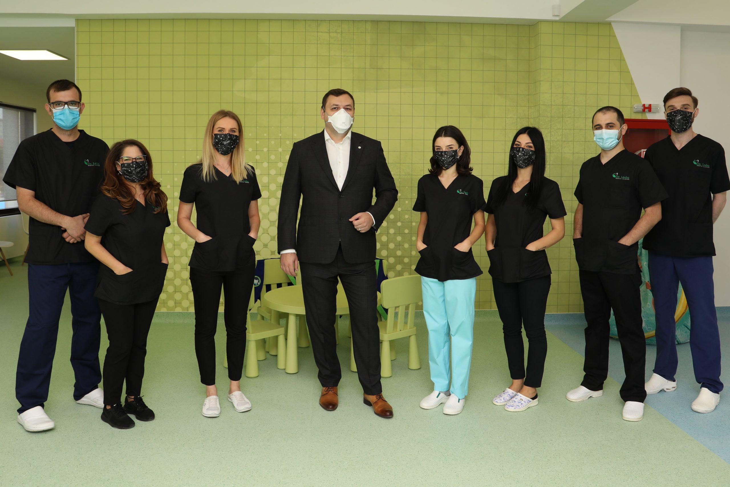 Echipa de medici Clinicii Dentare Dr. Leahu Iasi