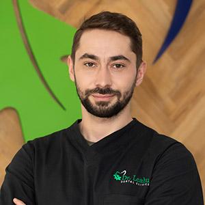 Dr. Marius Mihai Dobrincu, medic specialist chirurgie orală