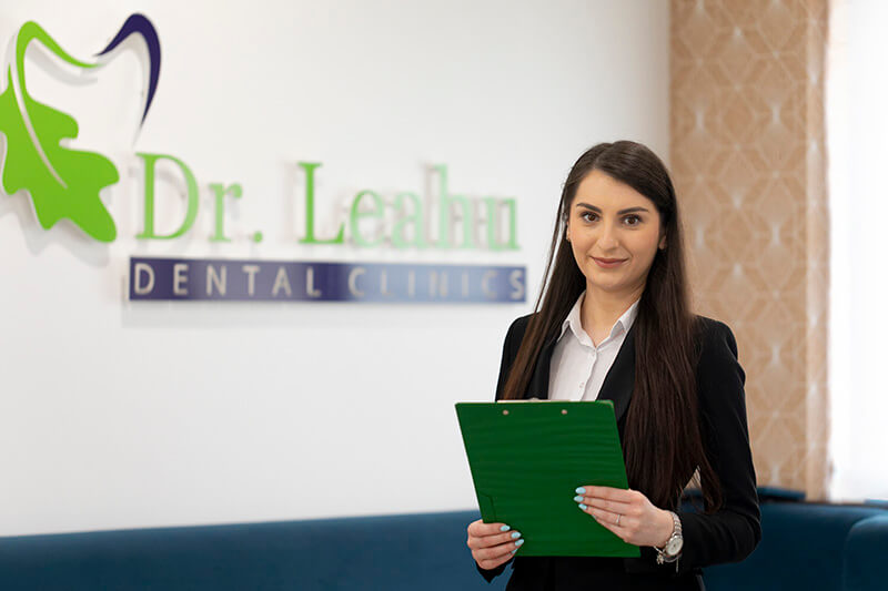 Andra Marinescu din echipa Clinicilor stomatologice Dr Leahu
