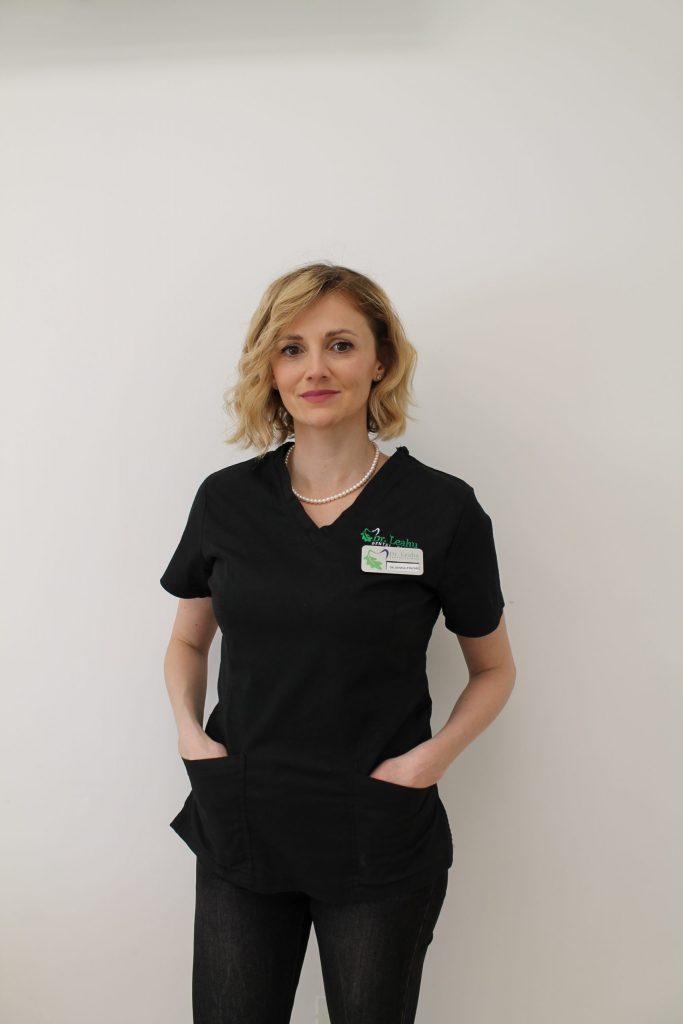 Dr. Denisa Pinzariu Clinicile Dentare Dr. Leahu
